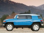 Sideview of the FJ Cruiser